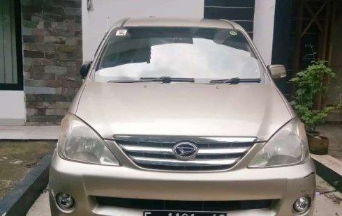 Jawa Barat, Daihatsu Xenia Xi 2005 kondisi terawat