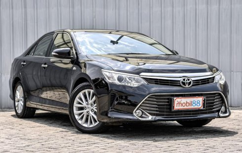 Jual mobil Toyota Camry 2.5 V 2016 di Depok