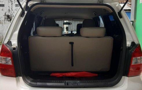 Jual Mobil Bekas Nissan Grand Livina Highway Star 2012 di DIY Yogyakarta