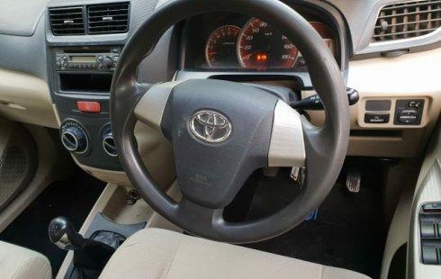 Jual Mobil Bekas Toyota Avanza G 2014 di Bekasi