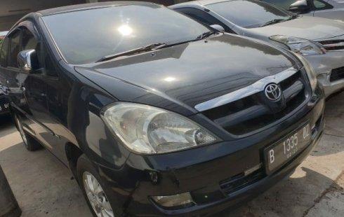Jual Mobil Bekas Toyota Kijang Innova V 2005 di Bekasi