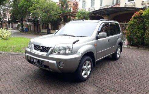 Dijual mobil Nissan X-Trail 2.5 ST 2003 bekas di Tangerang