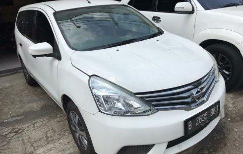 Dijual cepat mobil Nissan Grand Livina SV 2017 di Bekasi