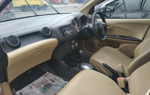 Bekasi, Dijual mobil Honda Brio E 2013 bekas
