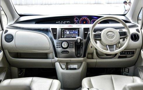 Jual mobil Mazda Biante 2.0 SKYACTIV A/T 2015 murah di Depok
