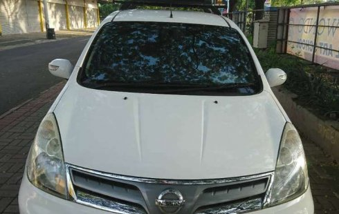 Jual Nissan Grand Livina XV Ultimate 2011 harga murah di DKI Jakarta