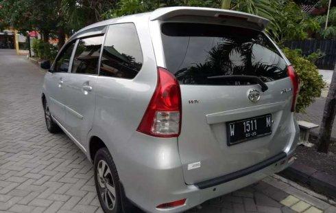Dijual mobil bekas Daihatsu Xenia D, Jawa Timur