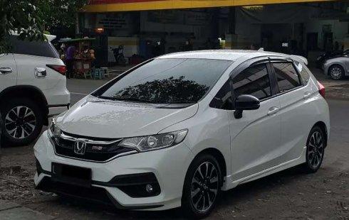 Mobil Honda Jazz 2017 RS terbaik di Jawa Timur