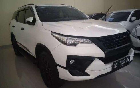 Mobil Toyota Fortuner 2016 VRZ dijual, Bali