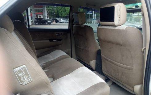 Jual Mobil Bekas Toyota Fortuner G 4x4 VNT Diesel 2012 Terawat di Bekasi
