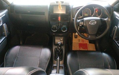 Jual Mobil Bekas Daihatsu Terios R 2015 Terawat di Bekasi
