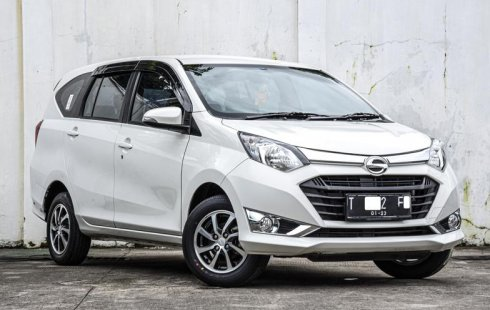 DKI Jakarta, Dijual mobil Daihatsu Sigra R 2017 bekas