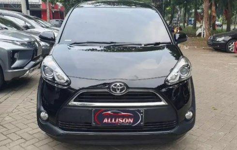 Jual Cepat Mobil Toyota Sienta V 2016 di Tangerang Selatan