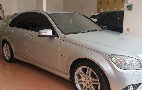 Jawa Barat, jual mobil Mercedes-Benz C-Class 250 2010 dengan harga terjangkau