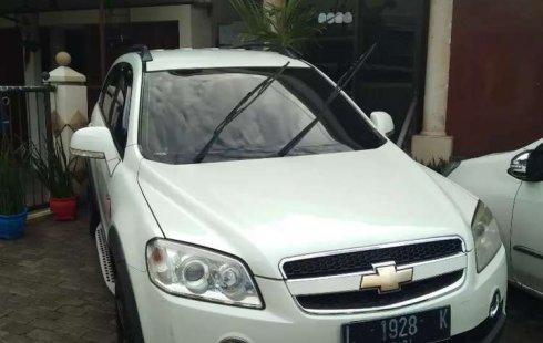 Jual mobil bekas murah Chevrolet Captiva 2011 di Jawa Timur