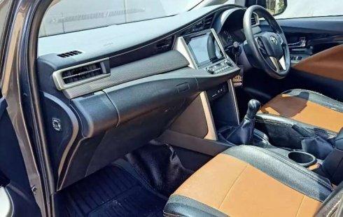 Jual mobil Toyota Kijang Innova V Luxury 2016 bekas, Sumatra Selatan
