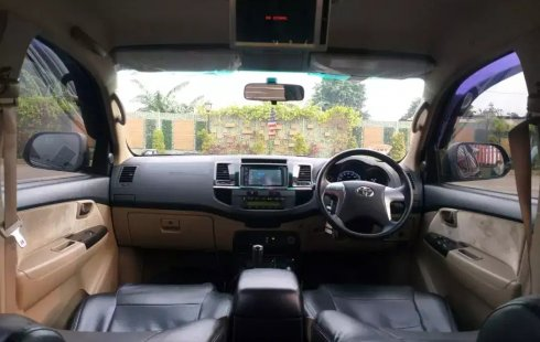 Jual Cepat Mobil Toyota Fortuner G 4x4 VNT 2015 di Bekasi
