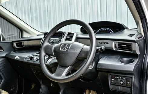 Dijual cepat Honda Freed S 2013 Harga terjangkau di DKI Jakarta