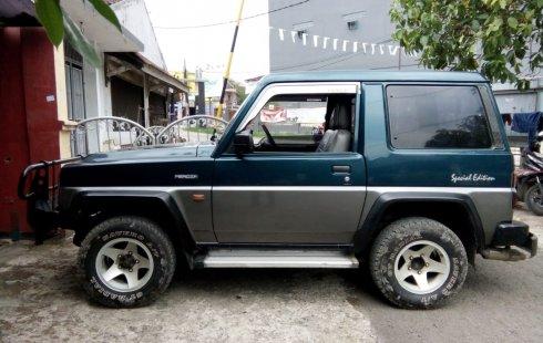 Dijual mobil bekas Daihatsu Feroza SE 1996 di Jawa Barat