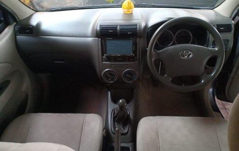 Dijual mobil Toyota Avanza G 2010 Bekasi DP 10 JUTA