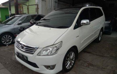 Dijual cepat mobil Toyota Kijang Innova 2.5 G 2012
