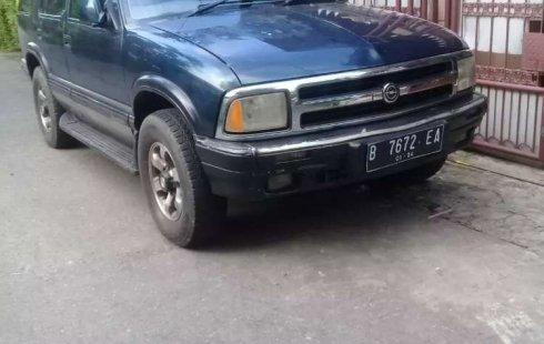Mobil Chevrolet Blazer 1997 DOHC terbaik di Jawa Barat