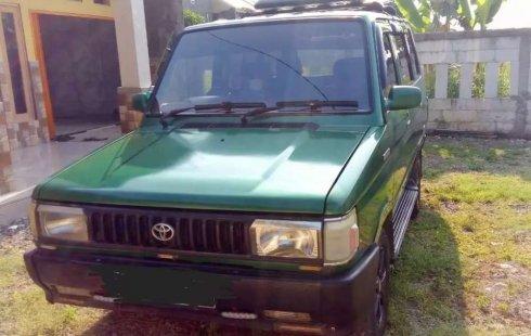 Jual cepat Toyota Kijang 1.5 Manual 1991 di Jawa Barat