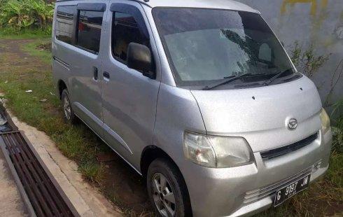 Mobil Daihatsu Gran Max 2010 AC dijual, Jawa Tengah