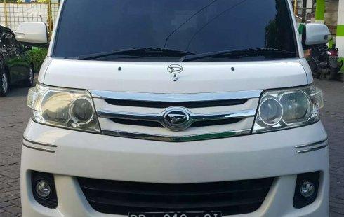 Jual Daihatsu Luxio X 2011 harga murah di Sulawesi Selatan