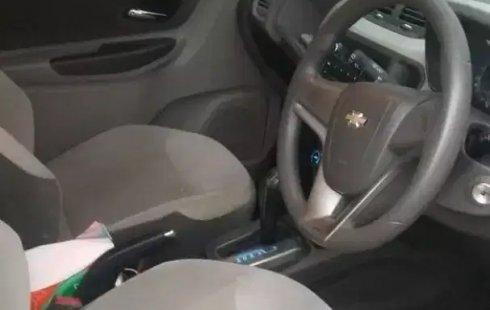 Jual Cepat Chevrolet Spin LTZ AT2013 di Bekasi