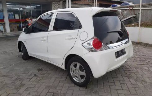 Dijual Mobil Honda Brio E Automatic 2015 di Bekasi