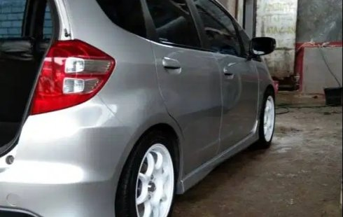 Dijual Cepat Honda Jazz RS 2009 di Sumatra Barat