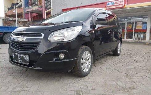 Jual Mobil Bekas Chevrolet Spin LT Diesel 2014 di Bekasi