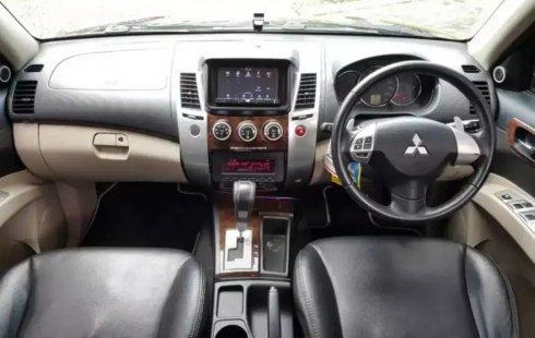 Dijual Mobil Mitsubishi Pajero Sport Dakar AT 2012 di Bekasi