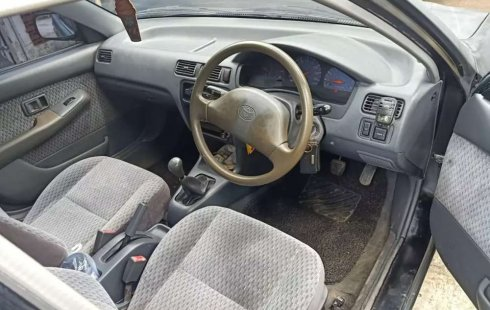 Jual Toyota Soluna GLi 2001 harga murah di Banten