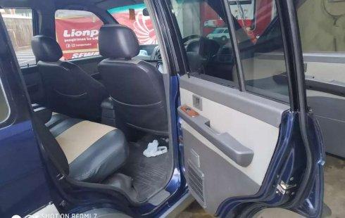 Jawa Timur, Mitsubishi Kuda Grandia 2002 kondisi terawat