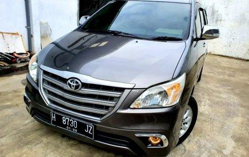 Jual Mobil Bekas Toyota Kijang Innova 2.5 E Diesel MT 2014 di Jawa Tengah