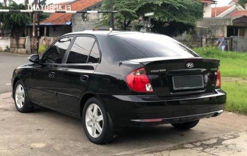 Jual Cepat Mobil Hyundai Avega AT 2012 di Bekasi