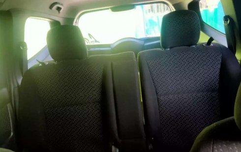 Nissan Grand Livina 2011 Jawa Timur dijual dengan harga termurah