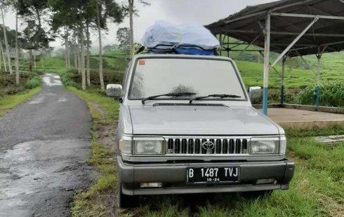 Mobil Toyota Kijang 1995 Grand Extra dijual, DKI Jakarta