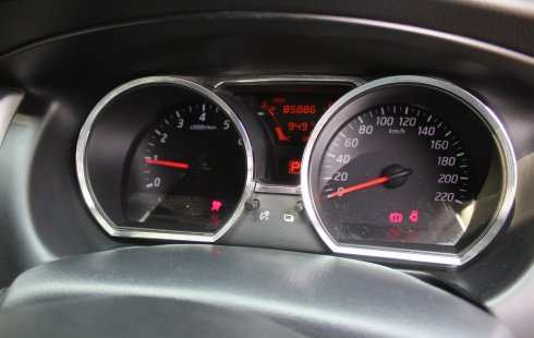 Dijual Cepat Nissan Livina X-Gear 2013 AT Putih di DKI Jakarta