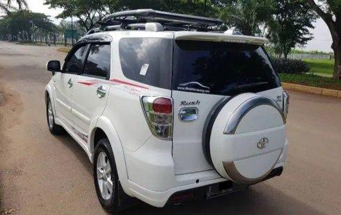 Jual Mobil Bekas Toyota Rush G 2014 di Jawa Barat
