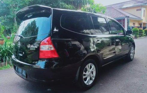 Dijual Cepat Nissan Grand Livina Ultimate AT 2013 di DKI Jakarta