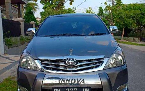 Dijual mobil bekas Toyota Kijang Innova 2.0 G, Riau