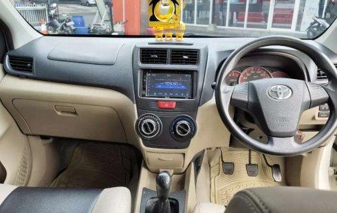 Mobil Toyota Avanza 2015 G terbaik di Jawa Tengah