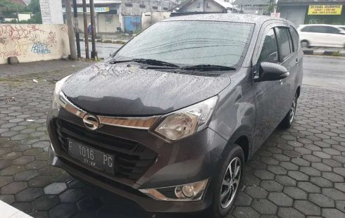 Dijual mobil bekas Daihatsu Sigra R, Jawa Tengah