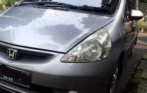 DKI Jakarta, Honda Jazz i-DSI 2005 kondisi terawat