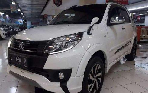 Jual cepat Toyota Rush TRD Sportivo 2015 di Jawa Timur