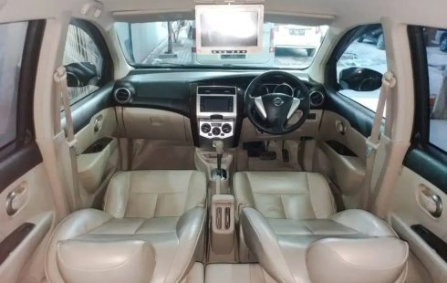 Dijual Cepat Mobil Nissan Grand Livina Highway Star AT 2014, Depok