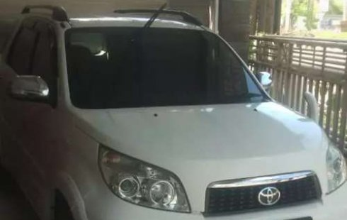 Bali, jual mobil Toyota Rush G 2012 dengan harga terjangkau